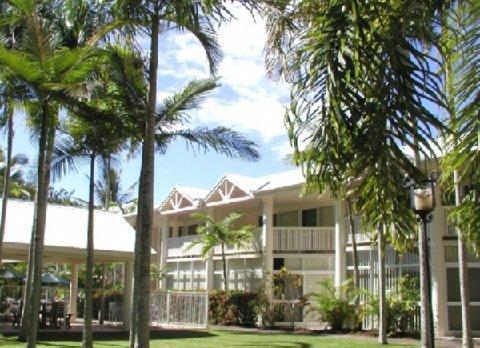 2631759-A-Tropical-Nite-Hotel-Exterior-1-DEF