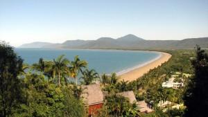 Port_Douglas,_Queensland_-_Four_Mile_Beach