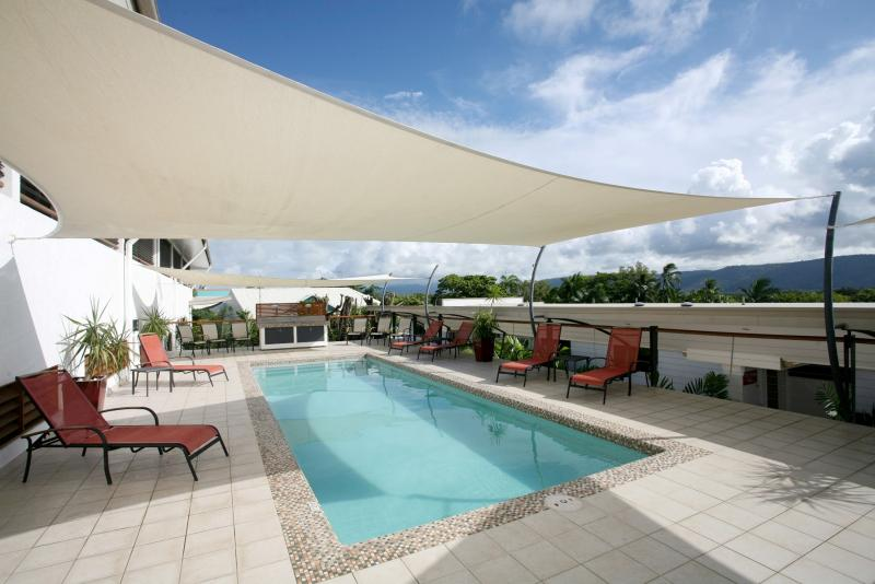 swimming-pool-2270