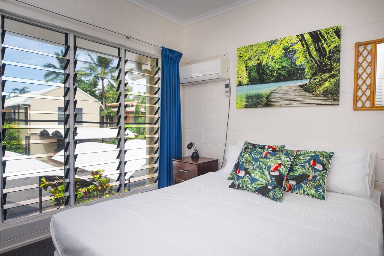 Mango Tree private apartments